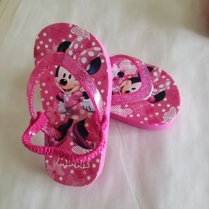 Other - NWOT Disney Minnie Mouse Pink Flip Flops Size 5-6